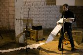 Dzejas Slams un spoken word Ņujorkas mākslinieka Hovarda Kaca izpildījumā