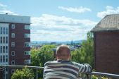 Dubultseanss. Skats no balkona + Ne savā dabā