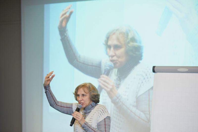 """Praktizējošas ģimenes psiholoģes Katerinas Murašovas (Sanktpēterburga) lekcija """"Kādā sakarā un kādu iemeslu dēļ vecāki visbiežāk vēršas pie praktiskā psihologa"""""""