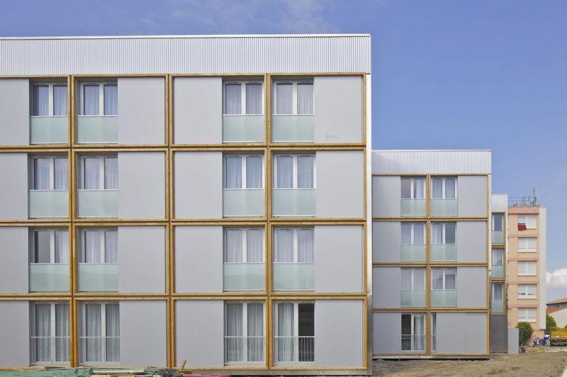 Koka daudzdzīvokļu ēkās Latvijā un pasaulē