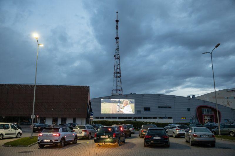 """Drive-in"" kino  Valmierā, 30.maijs,"