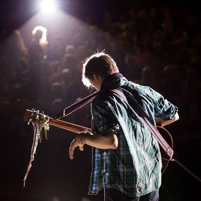 Gints Smukais ar instrumentālu koncertu Smiltenes novadā